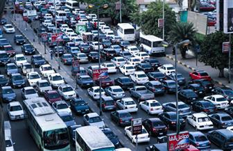 النشرة المرورية الصباحية: بطء في حركة السير وكثافات بطرق ومحاور القاهرة والجيزة