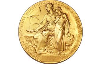 أمريكيان وبريطاني يفوزون بجائزة نوبل للطب لعام 2020