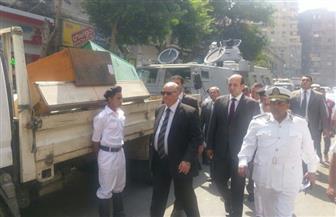 مدير أمن القاهرة يقود حملة لإزالة الإشغالات بمنطقة الفجالة | صور