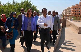 وزيرة التخطيط تتفقد طريق الكباش بالأقصر | فيديو وصور