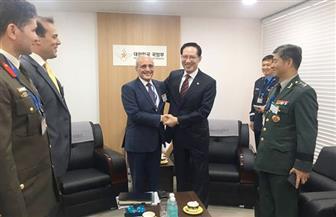 العصار يبحث مع وزير دفاع كوريا الجنوبية التعاون المشترك فى التصنيع الحربي والمدنى   صور