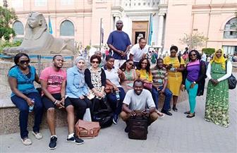 الإذاعيون الأفارقة يشيدون بروعة مقتنيات المتحف المصري