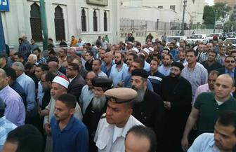 الأنبا مكاريوس يشارك في جنازة الشهيد محمد وحيد مصيلحي | صور