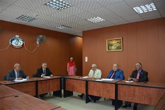 لجنة مقابلات لاختيار رؤساء شئون مالية وإدارية بالتأمين الصحي في الغربية | صور