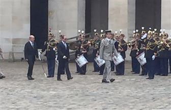 """الرئيس السيسي يصل ساحة """"إنفاليد"""" ببارس تمهيدًا لعقد قمة مشتركة مع ماكرون"""
