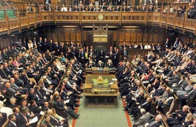 تقرير: سيدات يحذرن من تحرش جنسي في البرلمان البريطاني -