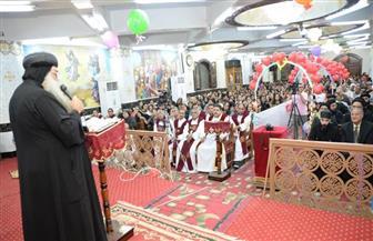 أبناء إيبراشية دشنا يحتفلون بعيد تجليس الأنبا تكلا الـ26 | صور
