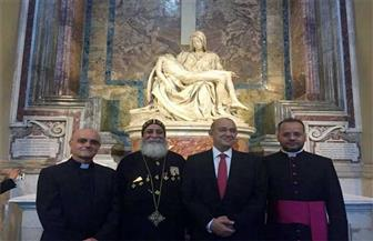 بابا الفاتيكان يبارك أيقونة رحلة العائلة المقدسة إلى مصر ويلتقى وزير السياحة | صور
