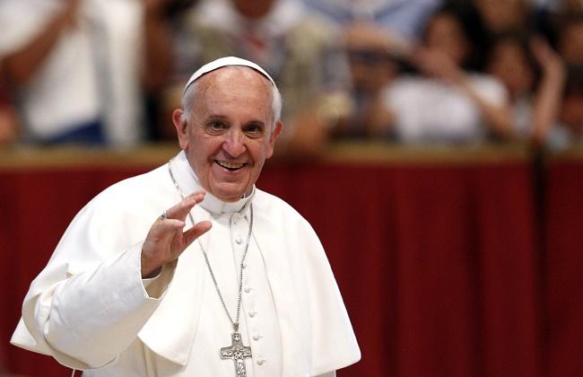 الفاتيكان البابا فرنسيس استجاب جيدًا لجراحة في الأمعاء