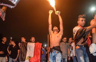 بالأغاني الوطنية والزمامير والنيران..الآلاف يحتفلون بصعود مصر لكأس العالم بالفيوم