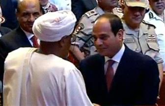 الرئيس السيسي يمنح البطل أحمد إدريس وسام النجمة العسكرية