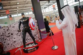 باتمان وسبايدرمان في مسابقة أزياء القصص المصورة بمعرض الشارقة الدولي للكتاب