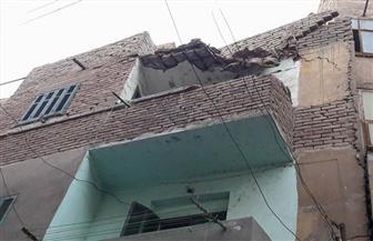 سقوط أجزاء من عقار مأهول بالسكان بشارع الشعراني في الإسكندرية