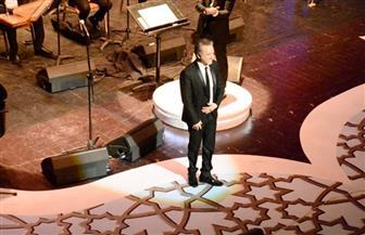 مروان خوري.. خصوصية الغناء الرومانسي ومحبة تزداد مع جمهوره في كل لقاء