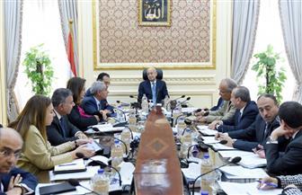 رئيس الحكومة يعقد اجتماعًا لمتابعة الموقف التنفيذي لمدينة دمياط للأثاث