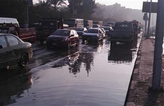 حي الهرم يتعامل مع 3 حالات لكسر مواسير مياه | صور