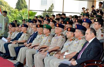 القوات المسلحة تحتفل بتخرج دفعة جديدة من الضباط المتخصصين بالكلية الحربية | صور