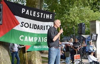 مدير مؤسسة بريطانية متضامنة: جئنا لفلسطين سيرًا على الأقدام لنعتذر عن خطأ بريطانيا التاريخي