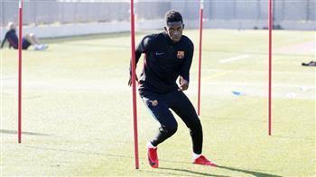 عثمان ديبملي يعود لتدريبات برشلونة بعد غياب أكثر من شهرين   صور