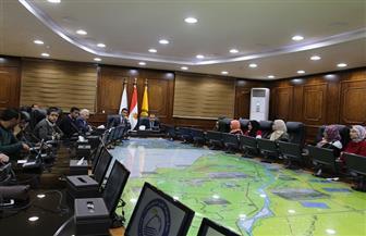 رئيس جامعة بني سويف يلتقى شباب البرامج الرئاسية | صور
