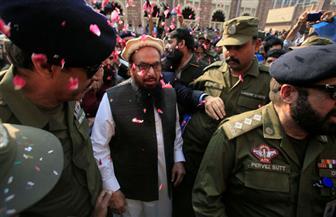 باكستان ترفع الإقامة الجبرية عن العقل المدبر لهجمات مومباى