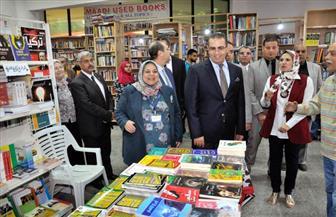 بمشاركة 85 دار نشر.. القناوي يفتتح معرض جامعة المنصورة السابع للكتاب | صور