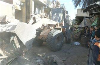 أحياء القاهرة تواصل حملات رفع الإشغالات وإعادة الانضباط للشارع | صور