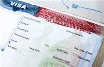 ضبط شخصين خلال حصولهما على تأشيرة إحدى الدول الأجنبية بمستندات مزورة