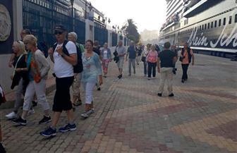 """400 سائح يصلون ميناء الإسكندرية على متن الباخرة السياحية  """"سيلفر سبيريت"""""""
