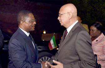 """شريف إسماعيل يستقبل رئيس وزراء غينيا الاستوائية على هامش """"منتدى شباب العالم"""""""