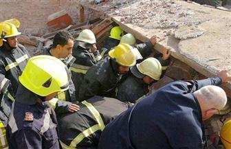 """""""المهندسين"""" تكشف أسباب انهيار عقاري شبرا وتوصي بإخلاء المنازل المجاورة قبل إزالة الأنقاض"""