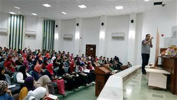 ثلاث  حصص  في العربي والإنجليزي والأحياء مجانًا لطلبة الثانوية العامة بمطروح -