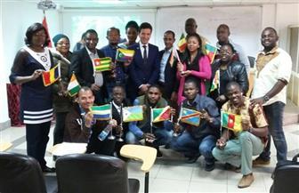 الأفارقة في محاضرة عملية عن أنظمة الفيديو الرقمي وتطوراته