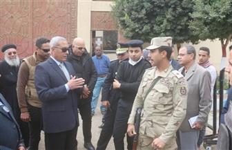 محافظ السويس يتفقد قوات تأمين المنشآت الحيوية والكنائس   صور