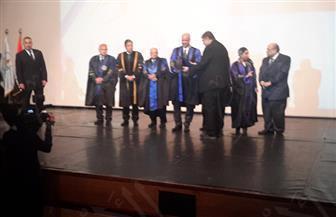"""تكريم """"الفقي"""" و""""زويل"""" في احتفال جامعة الإسكندرية باليوبيل الماسي  صور وفيديو"""