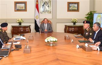 الرئيس السيسي يتلقي تقريرًا من وزيري الدفاع والداخلية حول الحالة الأمنية فى شمال سيناء