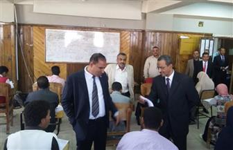 رئيس جامعة أسوان يتفقد سير امتحانات 4 كليات | صور