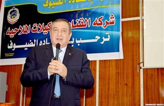 عصام شرف من بورسعيد: صناعة مستقبل مصر تعتمد على قدراتنا على التكتل