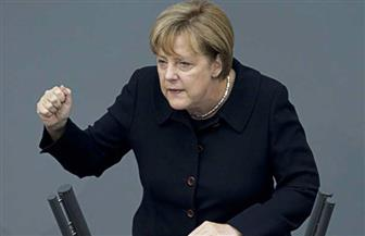 ميركل تدين أحدث عنف أعقبت مقتل ألماني في شجار مع مهاجرين