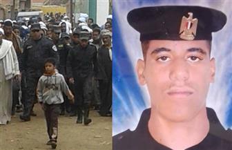 أهالي  كوم أمبو يشيعون جثمان شهيد سيناء|صور
