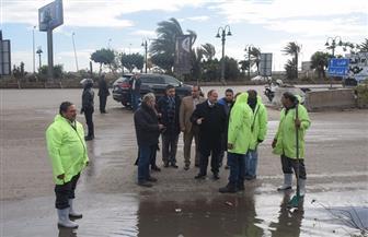 محافظ الإسكندرية يتابع تصريف مياه الأمطار بالطرق السريعة والصحراوي | صور