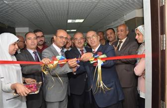 رئيس جامعة أسيوط يفتتح جناحًا للعلاج الخاص بالمستشفى الجامعي الرئيسي | صور وفيديو