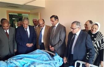 للاطمئنان على مصابي سيناء.. محلب وجمال الدين يزوران مستشفى جامعة الأزهر التخصصي | صور