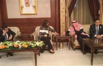 وزيرة الهجرة تلتقي محام كويتي لتوكيله للدفاع عن المواطن المصري المعتدي عليه