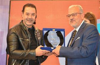 """تكريم مدحت صالح وحسن راتب في حفل انطلاق قناة """"HBC""""  صور"""