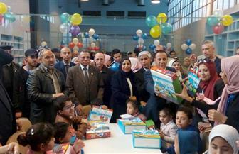 رئيس السكة الحديد يقدم هدايا تذكارية لأطفال مستشفى 57357 | صور