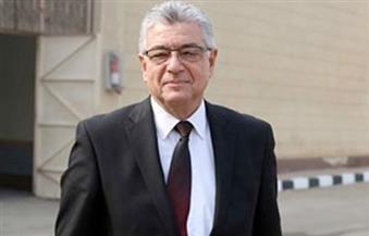 هاني أباظة يتفقد لجان الاقتراع في الزقازيق
