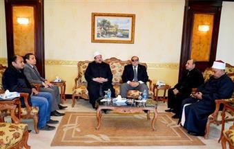 محافظ سوهاج يستقبل وزير الأوقاف لافتتاح عدد من المساجد وعقد لقاء مع أئمة المحافظة