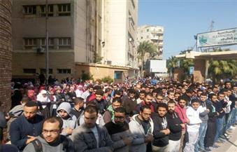 بالصور-طلاب-جامعة-الإسكندرية-يؤدون-صلاة-الغائب-على-أرواح-زملائهم-في-حادث-نويبع