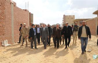 وزير الإسكان يقود حملة موسعة لإزالة المباني المخالفة بمدينة العبور